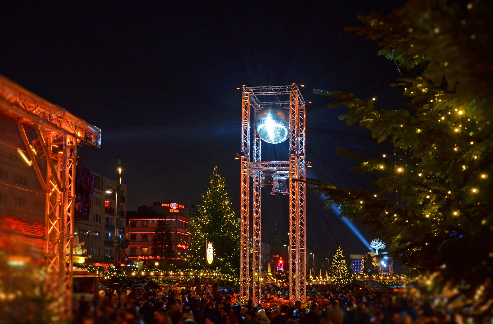 St Pauli Weihnachtsmarkt öffnungszeiten.Santa Pauli Hamburgs Geilster Weihnachtsmarkt